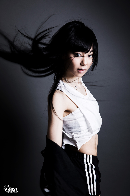 Aya-san-studio01