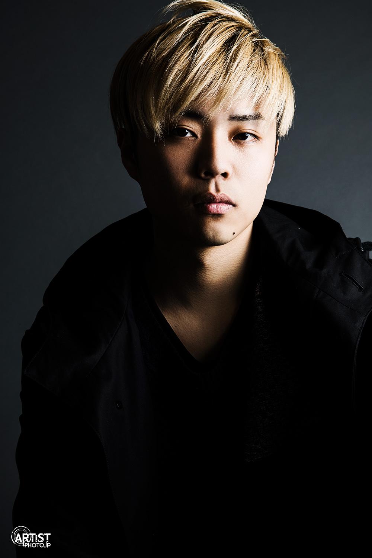track maker / singer Takahiro アーティスト写真